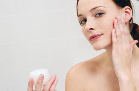Yếu tố gây nên da dầu và cách chăm sóc