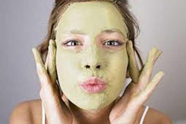 Cách làm mặt nạ dưỡng trắng với những nguyên liệu tự nhiên