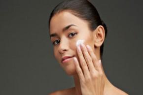 Kem trộn chứa corticoid, sản phẩm nguy hại cho làn da người dùng