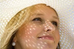 Ánh nắng mặt trời, yếu tố gây nên nám da, ung thư da