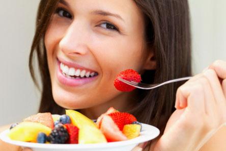 Ăn gì, uống gì để da sáng khỏe mỗi ngày