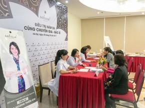 """Hàng trăm chị em tìm được giải pháp điều trị nám tại 2 điểm dừng chân của """"Hành trình trị nám xuyên Việt"""""""