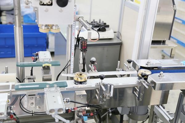 Cận cảnh quy trình sản xuất mỹ phẩm Sakura trong nhà máy ở Nhật Bản