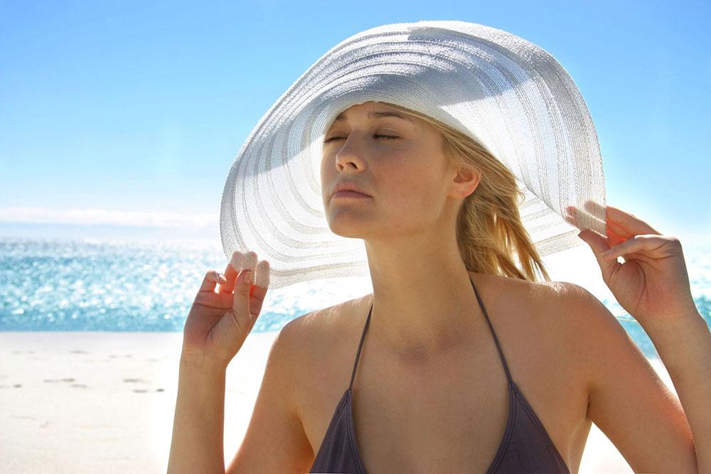 Nguyên nhân và cách giải quyết nhanh 5 vấn đề về da thường gặp nhất vào mùa hè