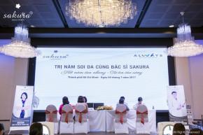 Bác sĩ da liễu nhiều năm kinh nghiệm soi khám da và tư vấn điều trị nám miễn phí cho hàng trăm chị em Sài Thành