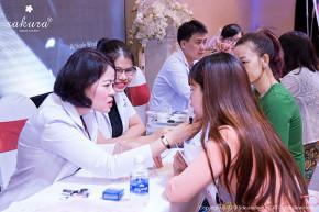 Soi khám da cùng chuyên gia, bác sĩ da liễu mỗi ngày tại Aeon Mall Tân Phú