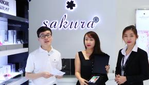 Trao giải chương trình mua Sakura trúng iPhone X