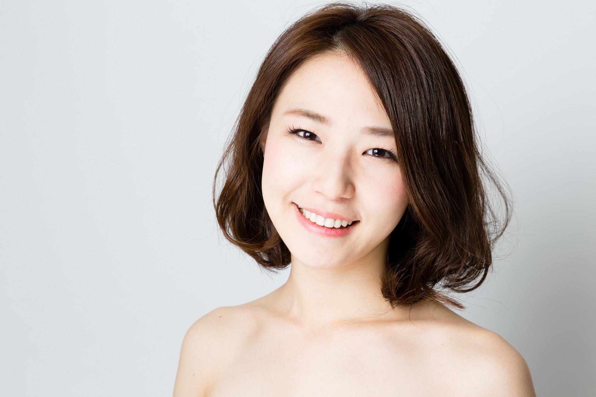 Quy trình 2 bước dưỡng trắng tối giản dành cho nàng lười