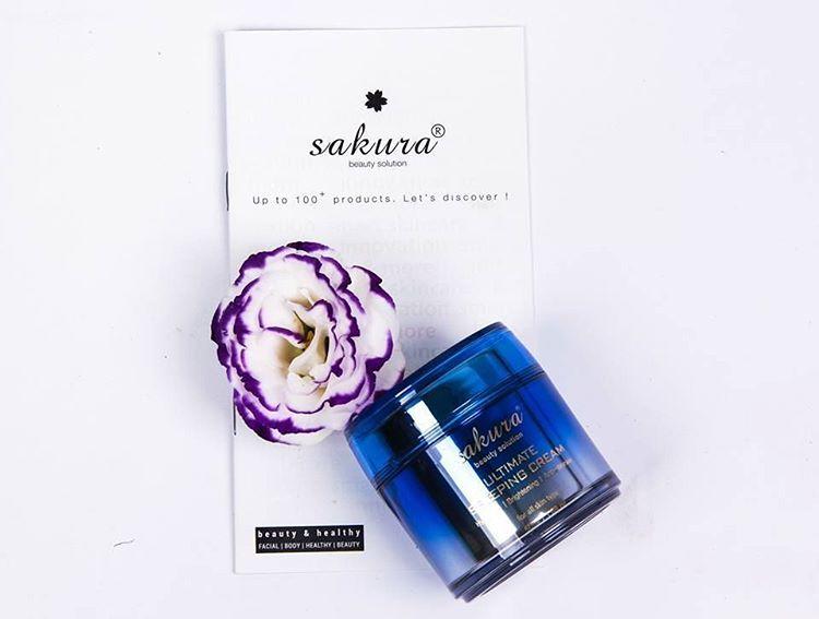 Giới thiệu mặt nạ ngủ Sakura Ultimate Sleeping Cream