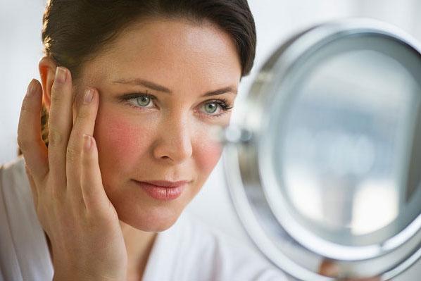 Bí quyết chăm sóc da giúp phụ nữ trung niên giữ gìn xuân sắc