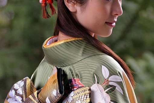Học theo 5 bí quyết lưu giữ làn da không tuổi của phụ nữ Nhật