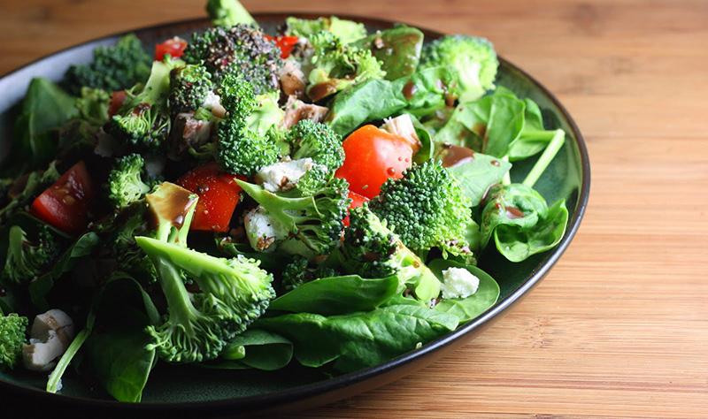 rau xanh kích thích sản sinh collagen